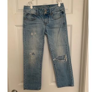 American Eagle Distressed Denim Capris